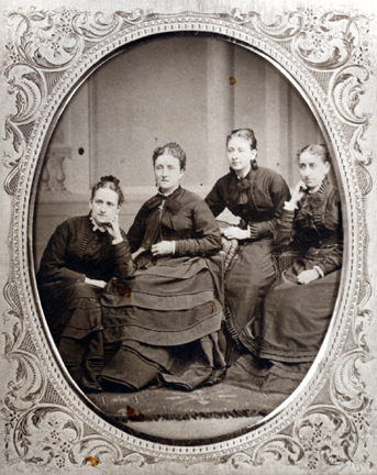 0065 Aitken Sisters Group Portrait